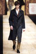 на фото мужское пальто: versace, paul smith.